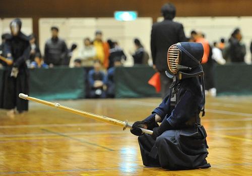 蹲踞(そんきょ)の姿勢